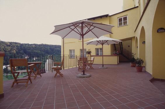 Prag pension urlaub ferien hotel ferienwohnungen for Domus henrici hotel